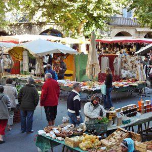 Place du marché à 100m